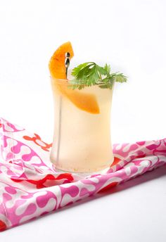 Spicy Melon Cocktail: Complete with melon-infused gin and cilantro simple syrup Cocktails Made With Gin, Cocktails To Try, Craft Cocktails, Summer Cocktails, Alcohol And Drug Abuse, Watermelon Slices, Non Alcoholic Drinks, Beverages, Cocktail Making
