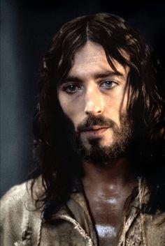 "Robert Powell as Jesus in 1977's ""Jesus of Nazareth"" . . . . . . . . . . . . . . . ♠༺ღ༻ Sol Holme ༺ღ༻♠"