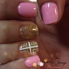 Pink / gold gel nail art love it!