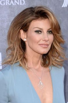 Best Hairstyles for Women Over 40  | For more style inspiration visit 40plusstyle.com