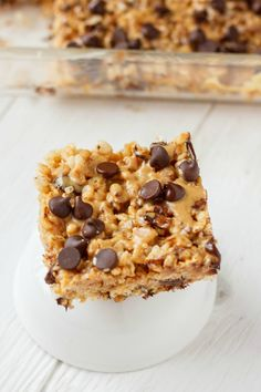 Peanut Butter and Chocolate Gluten-Free Rice Krispies Squares | #glutenfree #nobake #dessert #chocolate | thecookiewriter.com