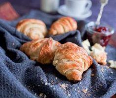 Recipe Butter Croissants by Thermomix in Australia - Recipe of category Baking - savoury Butter Croissant, Croissant Recipe, My Recipes, Bread Recipes, Favorite Recipes, Recipies, Savoury Baking, Bread Baking, Thermomix Bread