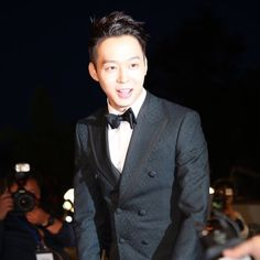 Chun BB on the Red Carpet at the 2015 Baeksang Arts Awards ❤️ JYJ Hearts