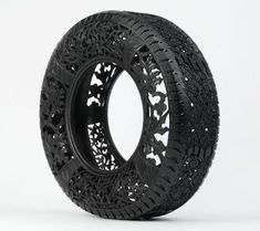 It's hard to believe that each one of these used car tires is hand-carved by Belgian artist Wim Delvoye. Great when talking about recycling. Tire Craft, Diy Recycling, Recycling Process, Tyres Recycle, Reuse Recycle, Used Tires, Art Africain, Ways To Recycle, Ideias Diy