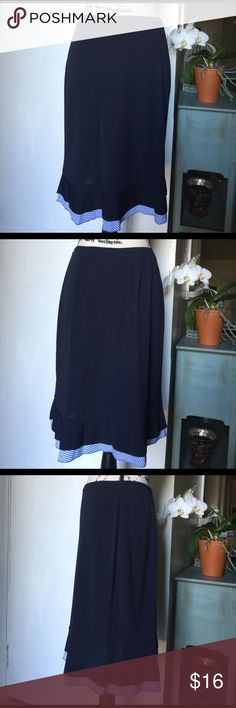 "Ann Taylor Loft Navy blue A line skirt Medium Navy blue skirt with striped light blue trim❣️ Elastic waistband ❣️ Great to wear in the office or casual ❣️ 65% rayon 35% polyester ❣️ Length 23"" ❣️ A line❣️ Ann Taylor Skirts A-Line or Full"