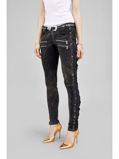 Zipper pocket pants with lace up side