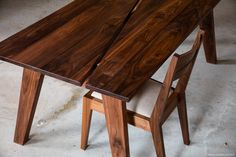 dining table made from sustainable lumber from SouleWork