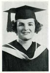 Aviator and World War II pilot Ann Wood-Kelly graduated from D'Youville College in 1938.  After graduation, she went to to attend the Civilian Pilot Training Program at Bowdoin College, becoming the first woman to earn an academic credit at what was an all-male school. Bowdoin College, Ann Wood, Pilot Training, Training Programs, World War Ii, Aviation, Graduation, Archive, Woman
