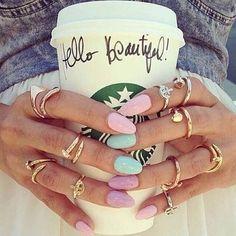 Kann ein Kaffe stylischer sein? <3 Pastell Nagellack <3