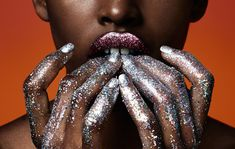 Glitter inspiration, Amilna Estevao photographed by Jason Kim, make up by Morgane Martini Glitter Bomb, Glitter Gel, Black Glitter, Glitter Eyeshadow, Glitter Face, Mermaid Glitter, Glitter Party, Glitter Stars, Glitter Fabric