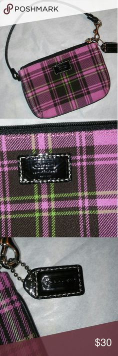 Coach Wristlet NEW Pink Plaid an Black an Lime Green Pink inside New Coach Bags Clutches & Wristlets