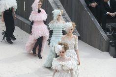Como en un cuento de hadas: Chanel Alta Costura Primavera/Verano 2013.