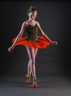Sewballet.com -My daughter wanted to be a pumpkin for Halloween. This is what we came up with.  It's a stretch base with an attached tutu. The leaves are polar fleece, and the vines are cotton cording. The net was...