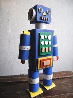 cardboard robot diy * cardboard robot diy ` cardboard robot diy crafts for kids ` cardboard robot diy how to make Recycled Robot, Recycled Crafts Kids, Recycled Art, Diy Crafts For Kids, Projects For Kids, Recycled Materials, Craft Ideas, Paper Robot, Cardboard Robot