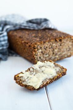 Cooking Bread, Bread Baking, Scandinavian Food, Fabulous Foods, Baked Goods, Bread Recipes, Banana Bread, Treats, Snacks