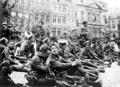 Slag bij Bergen;  De slag bij Bergen is de slag die op 23 aug geleverd werd tussen Engeland en het Duitse leger. De Engelsen schoten de Belgen te hulp nadat de Duitsers met een groot leger door België heen marcheerden en 6000 belgen dood schoten. Engeland was een bondgenoot van België. De Duitsers wonnen deze slag en de Engelsen trokken terug. Engeland heeft de Duitse opmars daarentegen wel erg vertraagd waardoor Duitsland uiteindelijk toch in een tweefrontenoorlog terec