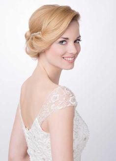Brautfrisur für mittellanges Haar