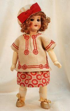 Bleuette modèle pour vêtements de poupée  par tresbellepoupee, $15.00
