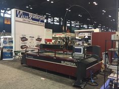 Waterjet USA introduces at Fabtech 2015 Chicago two waterjet machines: Suprema DX 510 and Classica CL 44