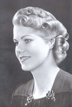 Woman's Hair Style 1940S Hairstyles For Women's To Try Once In Lifetime  Pinterest