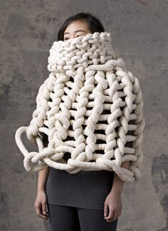 I just came across this fiber artist, Yulie Urano in American Craft magazine. her creations are made from yarn into thick long co. Knitwear Fashion, Knit Fashion, Bad Fashion, High Fashion, Textiles, Peau Lainee, Knit Art, Big Knits, Knitted Poncho