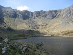 Devil's Kitchen from Llyn Idwal England Ireland, Snowdonia, Cymru, Welsh, Great Britain, Beautiful Landscapes, Beautiful World, Places To Visit, The Incredibles