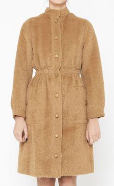 Givenchy Camel Coat | VAUNTE