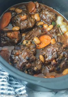 Jamaican Dishes, Jamaican Recipes, Beef Recipes, Cooking Recipes, Healthy Recipes, Curry Recipes, Oxtail Recipes Crockpot, Cooking Bacon, Cooking Videos