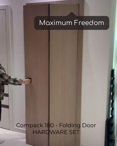Sliding Door Design, Door Gate Design, Main Door Design, Folding Door Hardware, Folding Doors, Modern Wood Doors, Cabinet Medical, Cool Doors, Traditional Doors