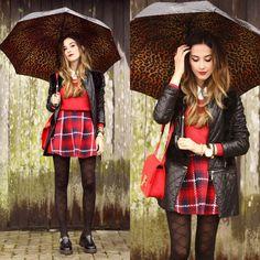 Flávia D. - Rainy Days