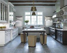 http://3.bp.blogspot.com/_UMZJ3u2JRP0/TCokI1WHXXI/AAAAAAAABiw/l8-YC-7fsi4/s1600/bc_kitchen2.jpg