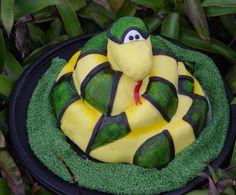halloween snake cake | Contact Clint Pustejovsky at 713-934-7668 or clint@texassnakes.net