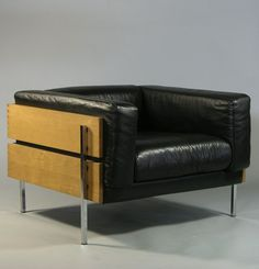 Robin Day; Walnut, Leather and Chromed Metal 'Forum' Lounge Chair, 1964.
