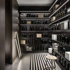 With a stunning wine cellar like this in your kitchen, you'll want to entertain every weekend 😉 ⠀ Bespoke Kitchens, Luxury Kitchens, Modern Kitchens, Italian Kitchens, Modern Kitchen Design, Modern Design, Wine Cellar Basement, Wine Cellar Design, Home Bar Designs