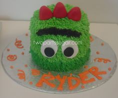 Brobee cake, I wish I was creative enough to make this for Noah's birthday this year