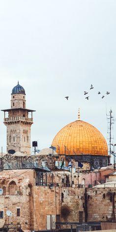 Masjid Al-Aqsa HD wallpapers and other beautiful high quality HD + Islamic wallpaper & Islamic Wallpaper Iphone, Cute Wallpaper Backgrounds, Hd Wallpaper, Islamic Images, Islamic Pictures, Islamic Art, Muslim Images, Minimalist Architecture, Islamic Architecture