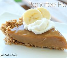 Banoffee Pie from Six Sisters' Stuff is one of the best summer desserts! Yum!
