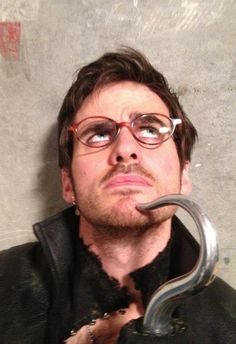 Colin O'Donoghue- Captain Hook in Once Upon A Time This pic makes me giggles :)
