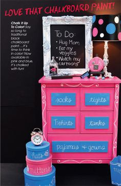 Love that chalkboard paint! Label drawers to make clean-up time go a lot faster.