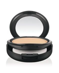 M·A·C Studio Fix Powder Plus Foundation | LOVE!