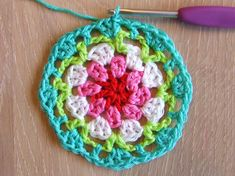 HaakKamer7: Doily patroon African Flowers, Doilies, Crochet Necklace, Blanket, Christmas Ornaments, Holiday Decor, Crocheting, Ganchillo, Knitting And Crocheting