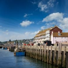 Bridport Dorset - History, photos, tourist attractions. Bridport holiday cottages, hotels and B&Bs