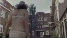 Associação holandesa produziu uma campanha de 1 minuto em que mostra a rotina de uma senhora que apresenta sintomas demenciais comuns no Alzheimer.
