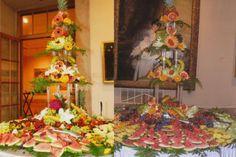 Fruit Towers at Antone's Banquet Centre #AntonesBanquet #Fruit #FruitTowers #Catering #AntonesFood http://www.antonesbanquet.com/