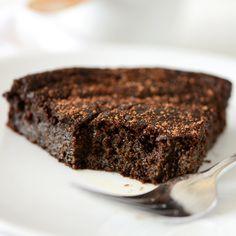 Fudgy Gluten Free Chocolate Cake | Minimalist Baker Recipes