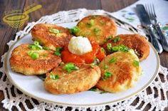 Kotlety z żółtego sera i kalafiora #obiad #wegetarianskie #kalafior Polish Recipes, Polish Food, Cooking Recipes, Healthy Recipes, What To Cook, Food To Make, Side Dishes, Food And Drink, Favorite Recipes