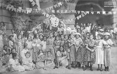 Crianças participam de festa junina no Instituto de Educação, Rio de Janeiro, 15 de junho de 1940. Arquivo Nacional. Fundo Agência Nacional. BR_RJANRIO_EH_0_FOT_EVE_05207_007 1940, Junho, Painting, Art, National Archives, Rio De Janeiro, Party, Art Background, Painting Art