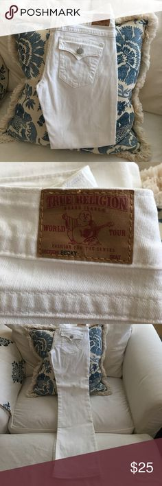 True Religion White Denim Becky Style Jeans True Religion White Denim Becky Style White Denim Boot Cut Jeans size 32 True Religion Jeans Boot Cut