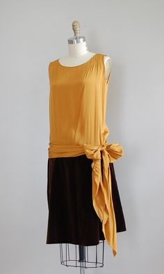 1920s  This is such a lovely dress!
