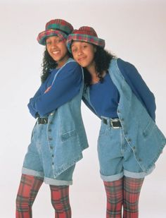 Halloween Costumes For Sisters, Pop Culture Halloween Costume, 90s Costume, Zombie Costumes, Halloween Couples, Group Halloween, Family Costumes, Group Costumes, Sisters Tv Show